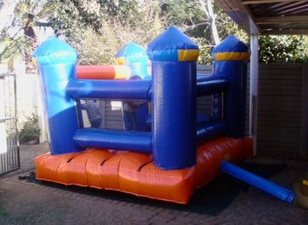 Boxing Jumping Castle